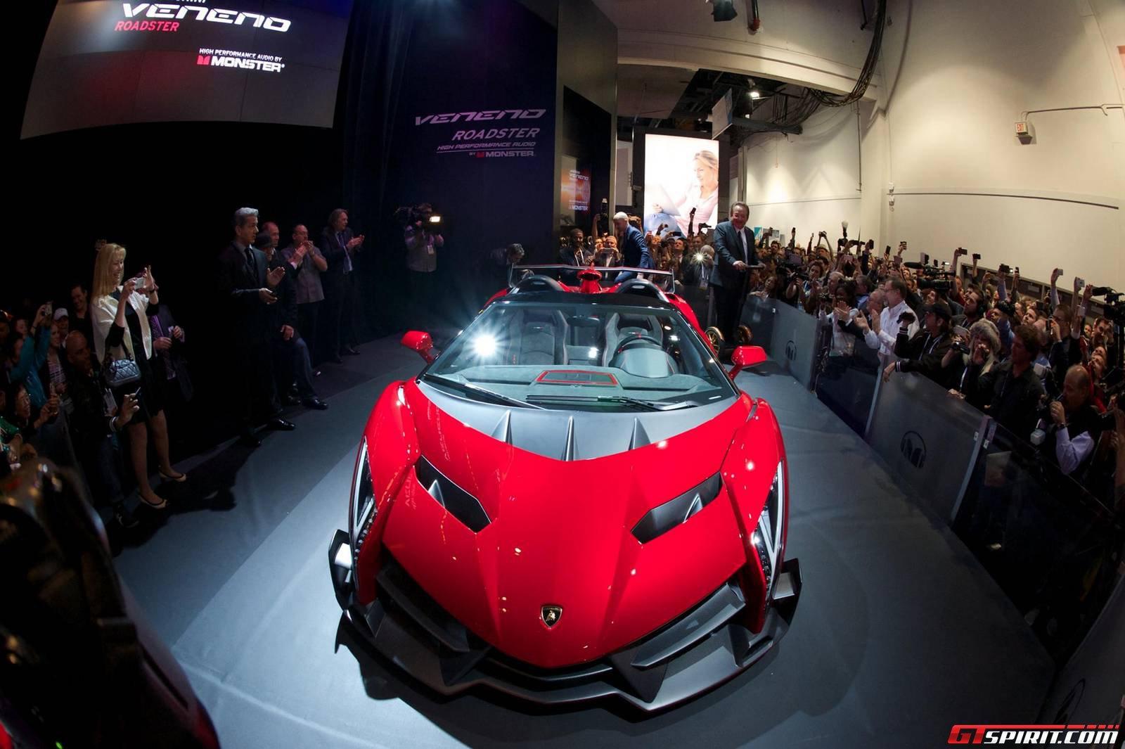 Ces Lamborghini Veneno Roadster With Monster Audio System