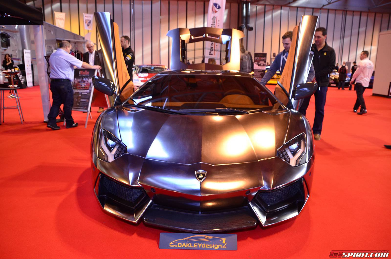 oakley design k4w0  If you're looking for an upgrade to your Lamborghini Aventador, then look  no further than the team at Oakley Design which are currently displaying  their
