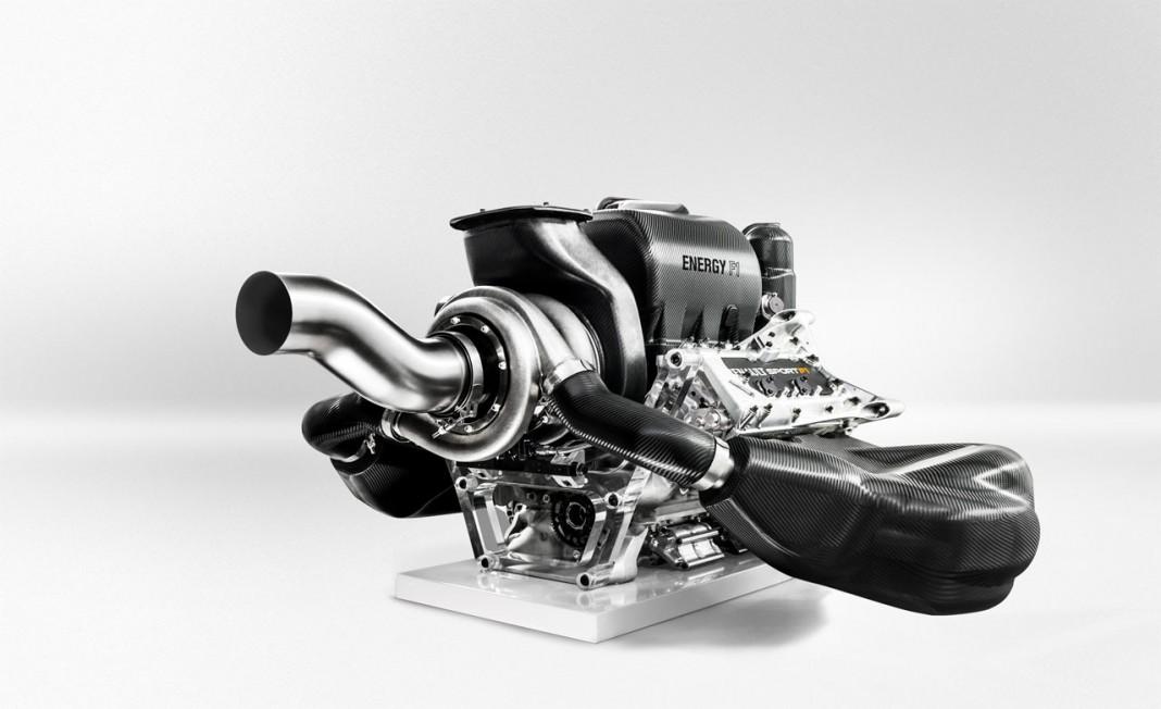FIA opens up 2016 in-season engine development
