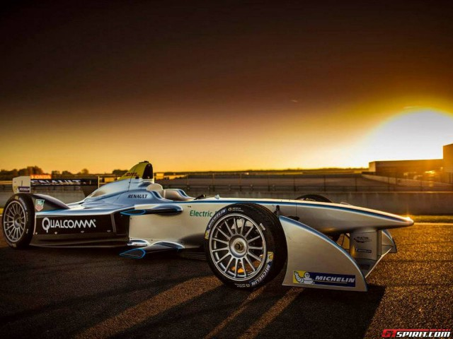 Formula-E Car Debuts in Las Vegas