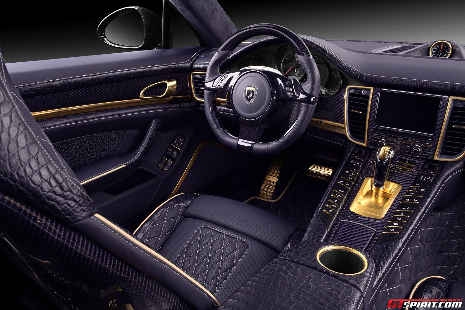 topcar porsche panamera stingray gtr with crocodile interior gtspirit. Black Bedroom Furniture Sets. Home Design Ideas