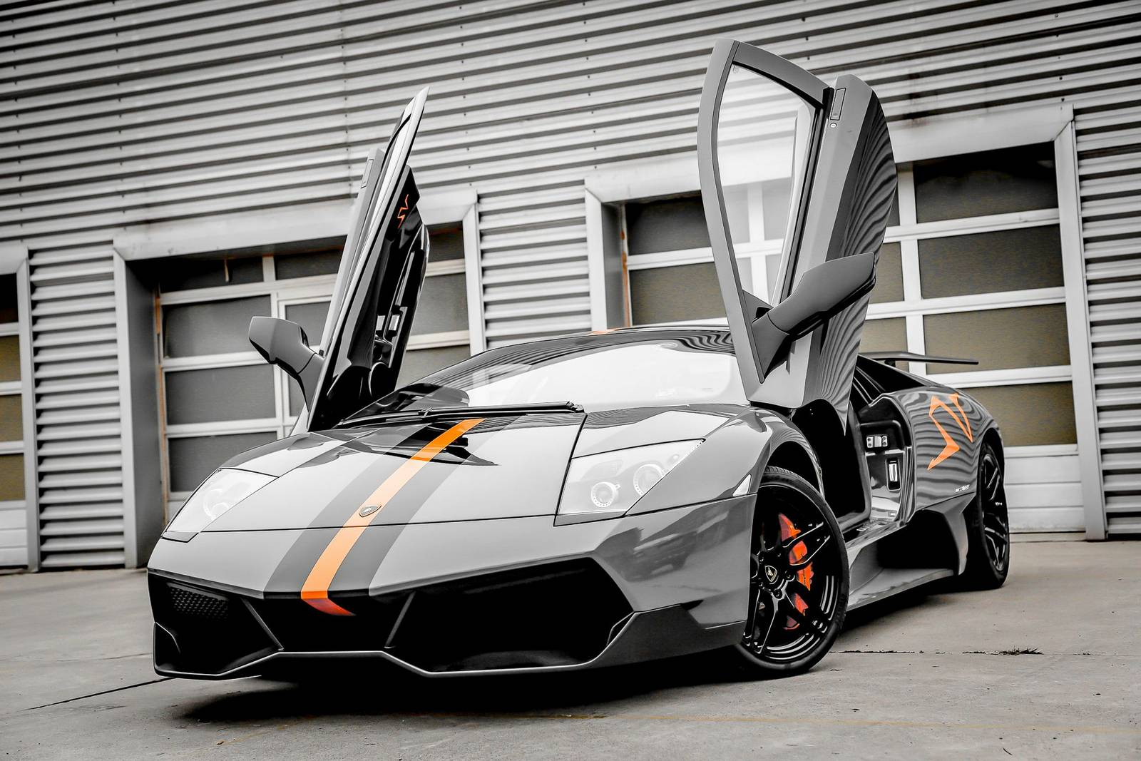 Awesome Videos Of Lamborghini Murcielago Lp670 4 Sv With Armytrix