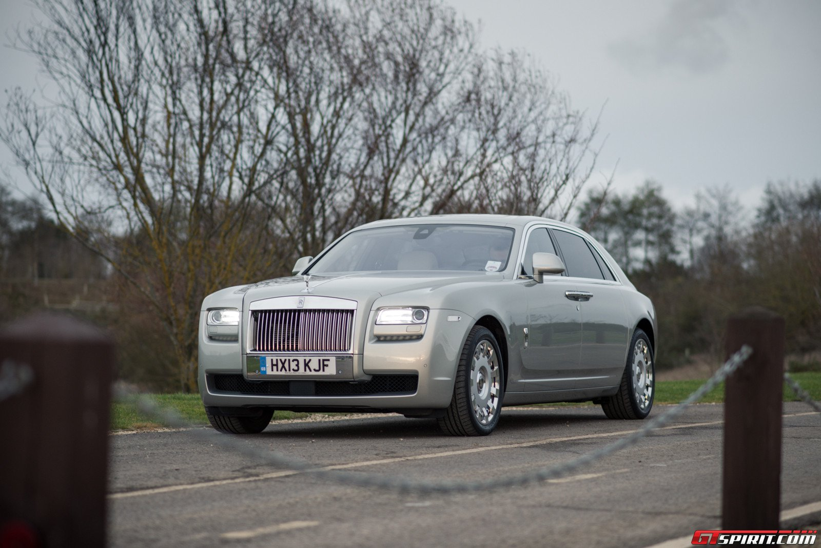 2014 rolls royce ghost ghost ewb review gtspirit. Black Bedroom Furniture Sets. Home Design Ideas
