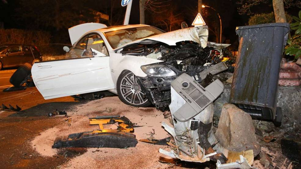 Mercedes-Benz CL 65 AMG Wrecked In Germany