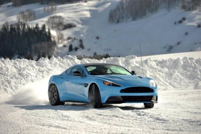 Aston Martin On Ice USA 2014
