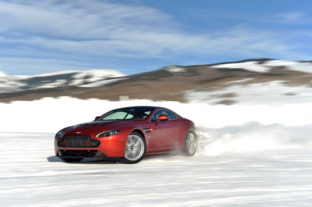 Aston Martin On Ice USA 2014