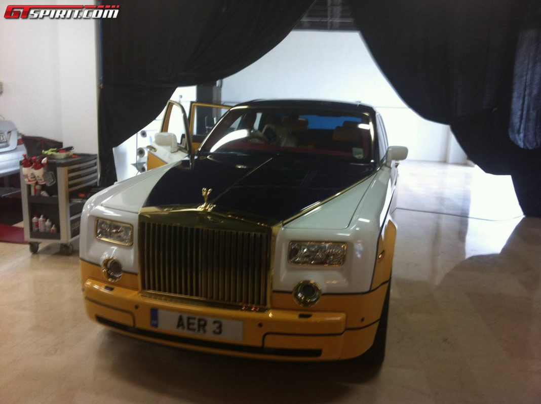 Gold-Plated Rolls-Royce Ghost by Cohen & Cunild