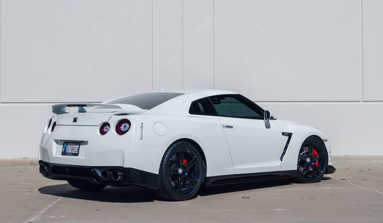 2014 Nissan GTR Black Edition