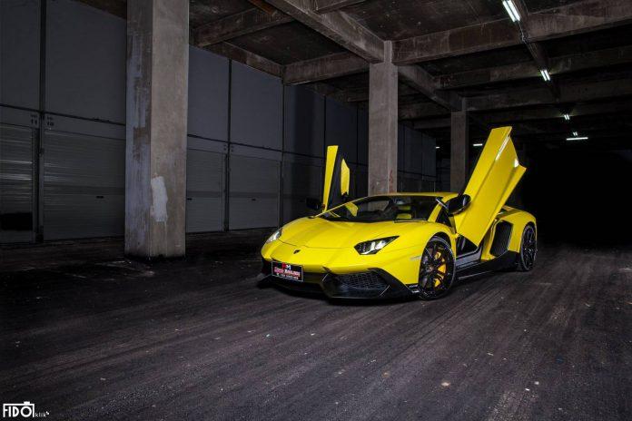 Lamborghini Aventadotr LP720-4 50th Anniversario
