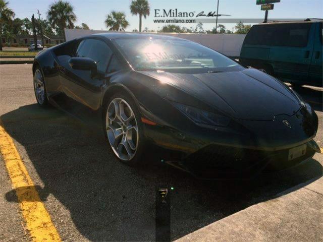 Lamborghini Huracan Nero