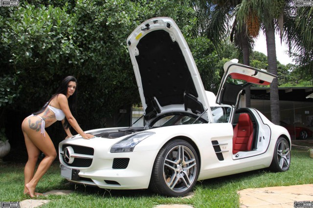 Cars And Girls Mercedes Benz Sls Amg Brazilian Model