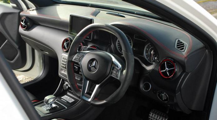 Oakley Design Mercedes-Benz A45 AMG 420-4 Carbon Edition