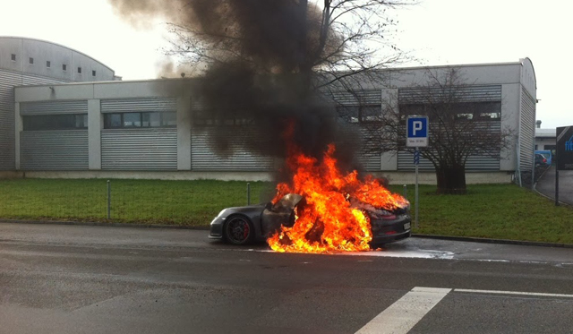 Deliveries of Porsche 911 GT3 Said to be Suspended Following Fires