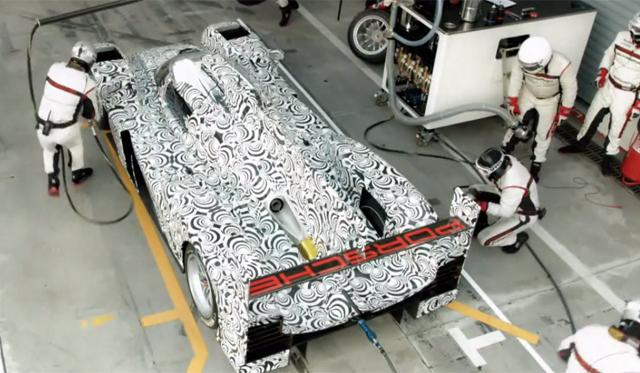 Porsche Slows Down Pitstop of 919 Hybrid