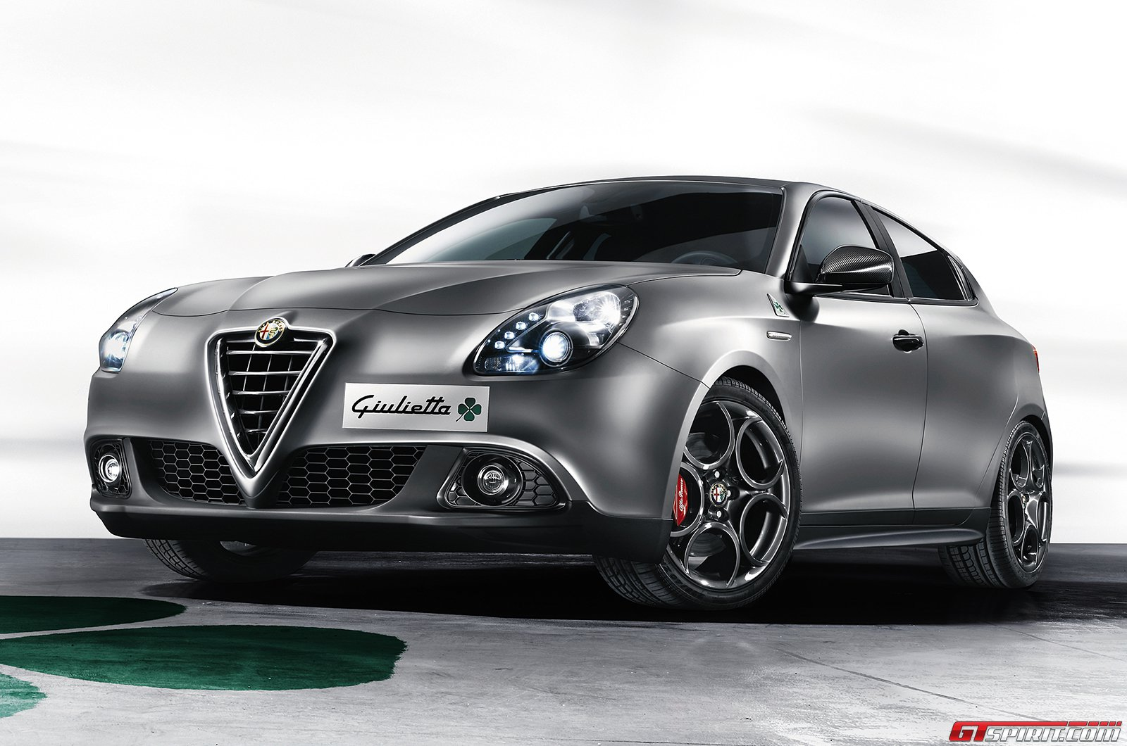 official 2015 alfa romeo giulietta quadrifoglio verde gtspirit. Black Bedroom Furniture Sets. Home Design Ideas