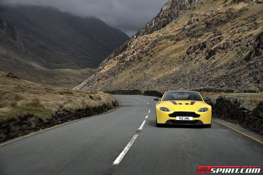 Up to 5,000 Aston Martins Being Recalled Over Faulty Gas Pedal