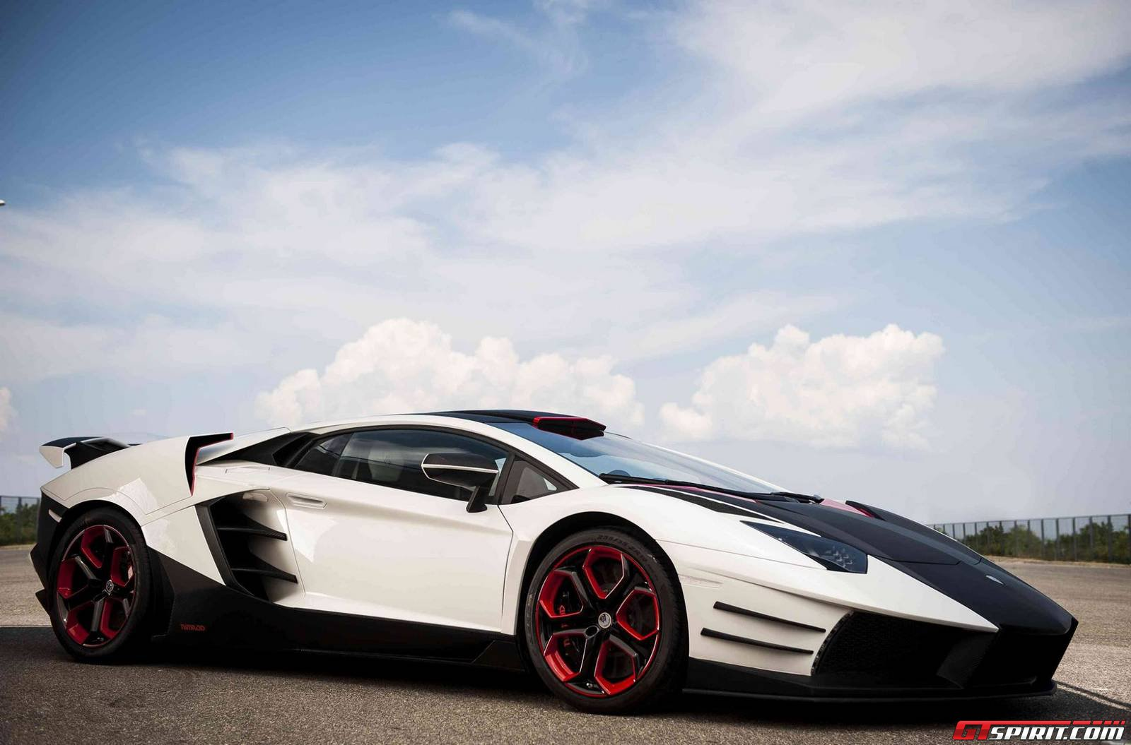official nimrod performance lamborghini aventador gtspirit. Black Bedroom Furniture Sets. Home Design Ideas