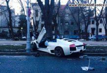 Lamborghini Murcielago LP640 Roadster Crashes in Romania