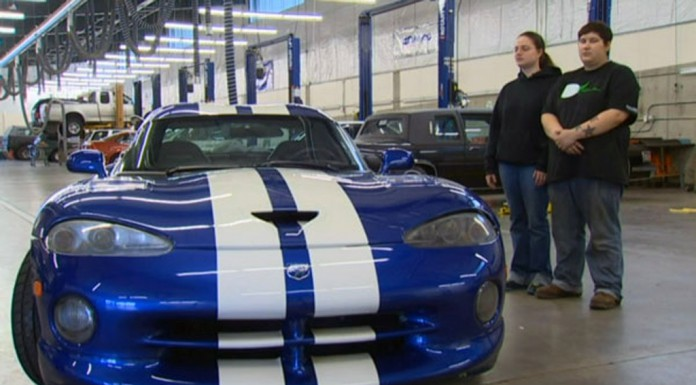 Dodge Destroying 93 Vipers Donated to Trade Schools