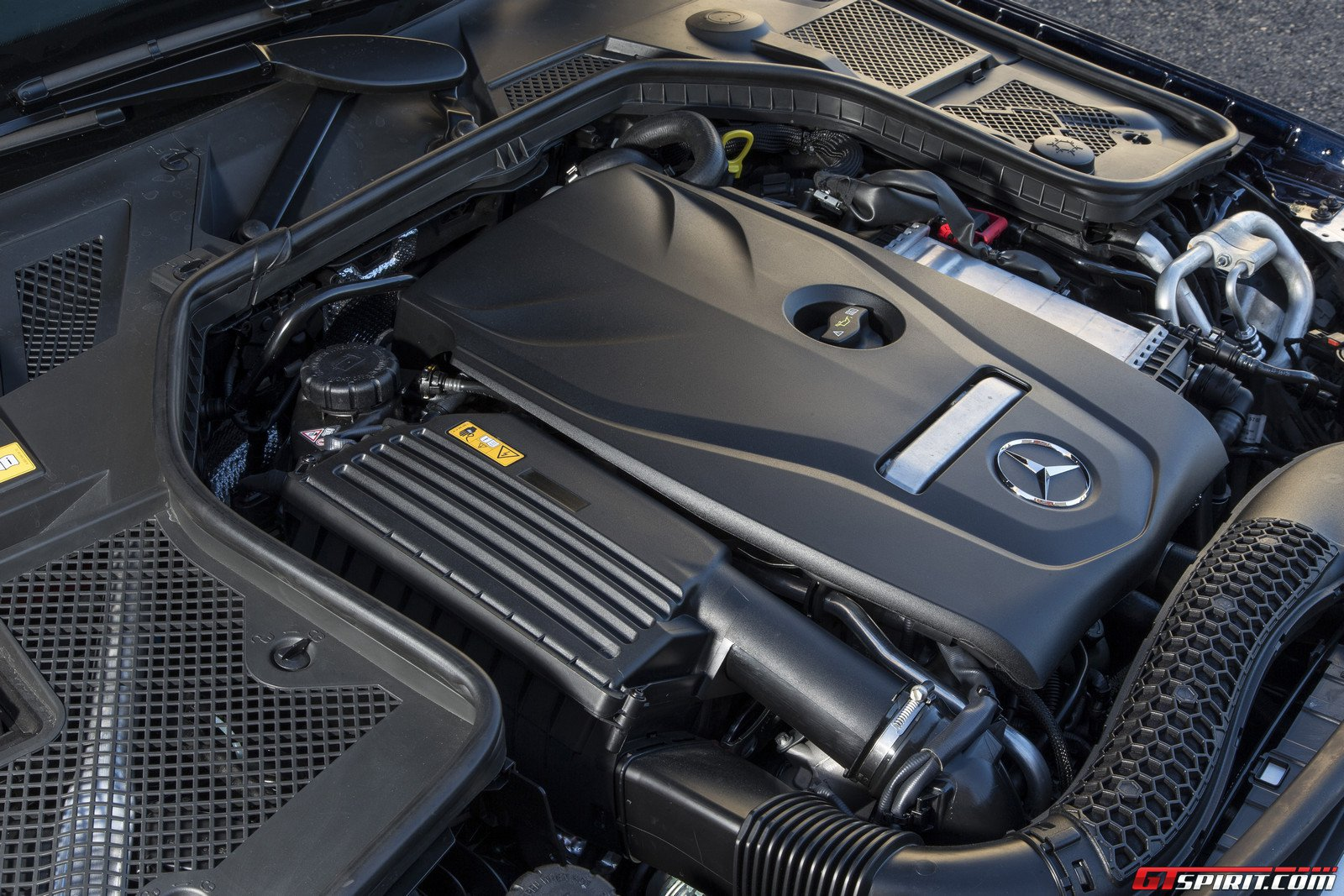 Mercedes c250 engine specs for Mercedes benz engines specifications