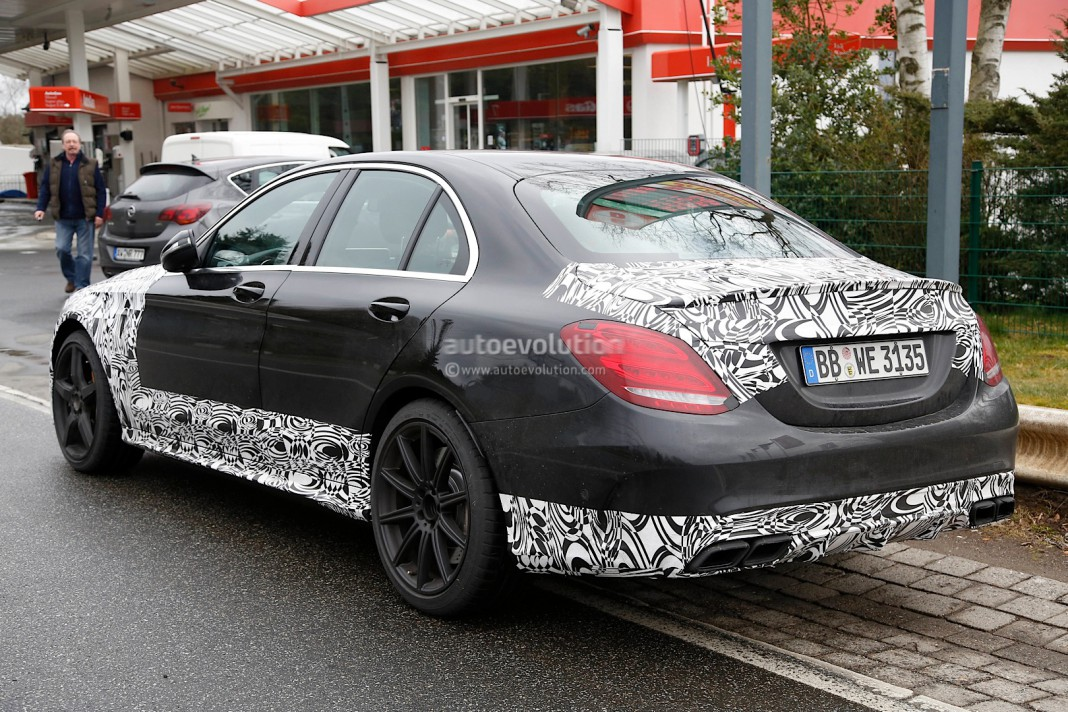 Facelifted Mercedes-Benz C63 AMG Looks Unquestionably Sleek