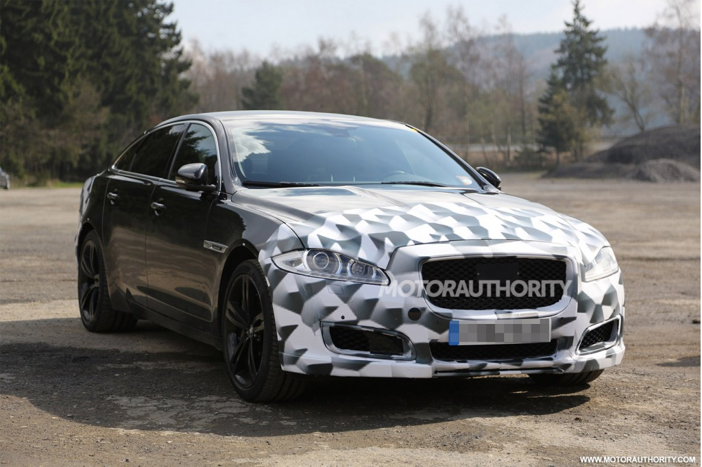 Facelifted Jaguar XJR Spied For the First Time