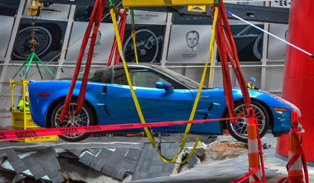 Chevrolet Corvette ZR1 Blue Devil Pulled From Sinkhole