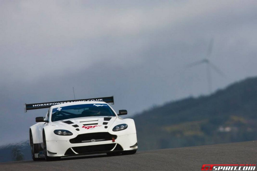 gallery aston martin racing winter test in portimao portugal gtspirit. Black Bedroom Furniture Sets. Home Design Ideas