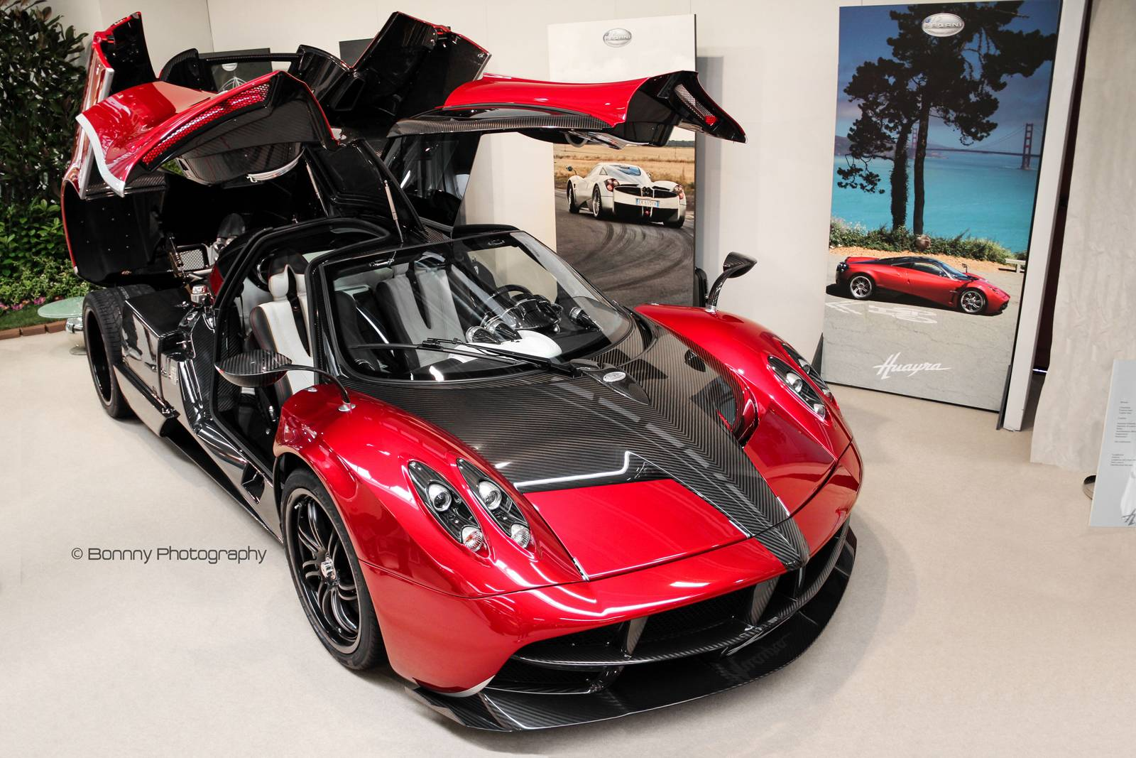 transformers 4 pagani huayra at modena antiquaria gtspirit. Black Bedroom Furniture Sets. Home Design Ideas