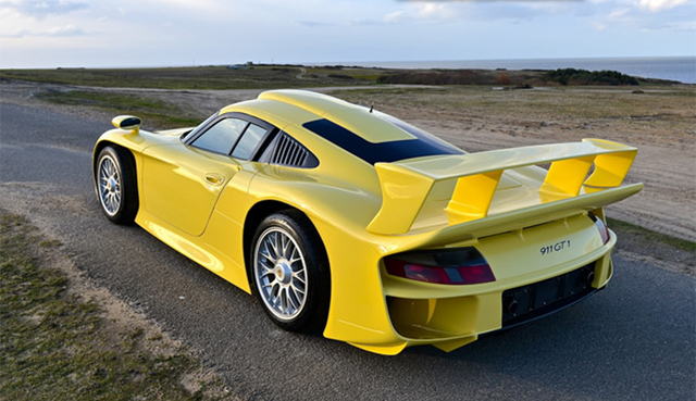 Exceptionally Rare 1998 Porsche GT1 Evo Strassenversion For Sale