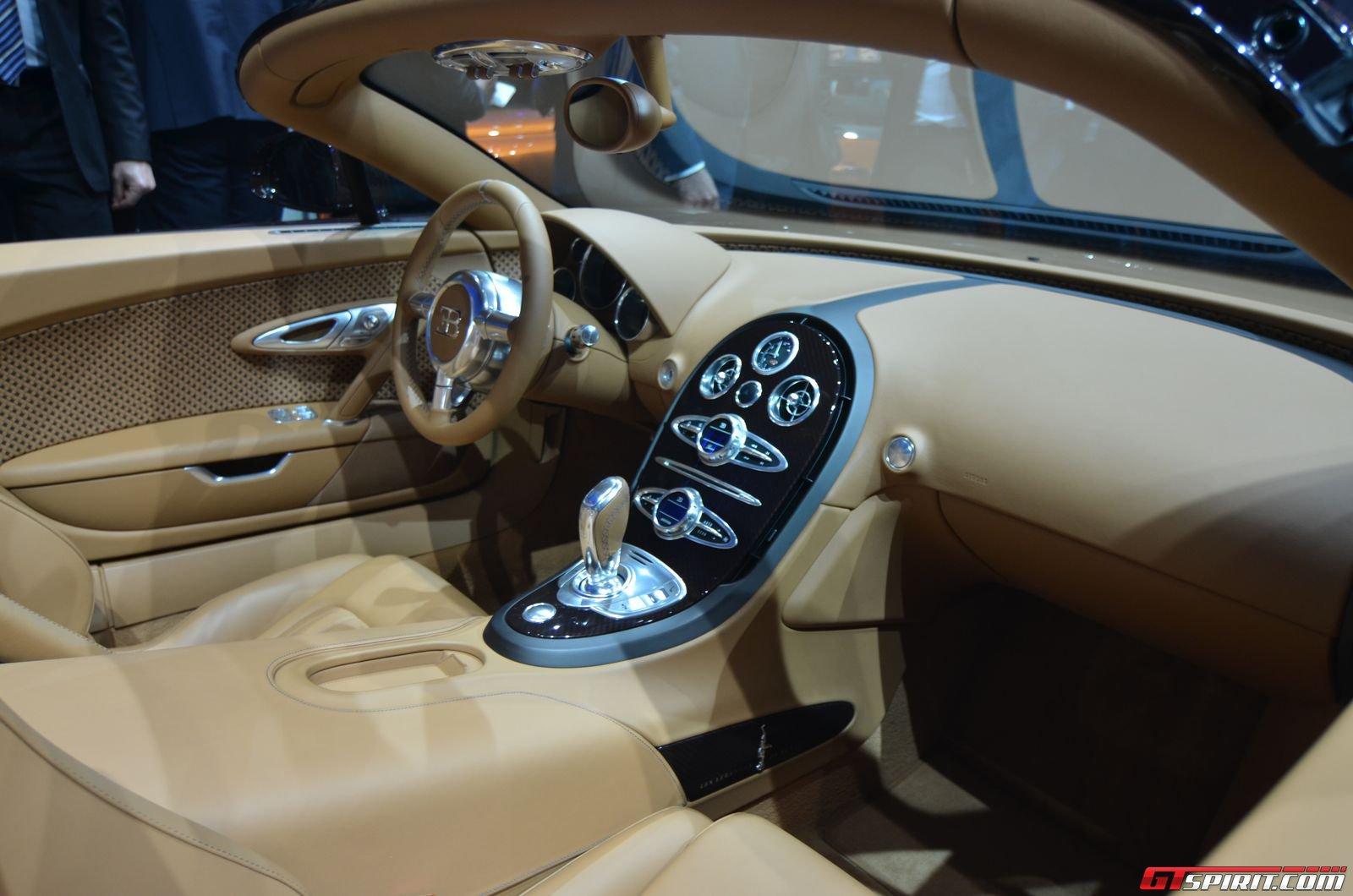 geneva 2014 bugatti veyron grand sport vitesse rembrandt bugatti gtspirit. Black Bedroom Furniture Sets. Home Design Ideas