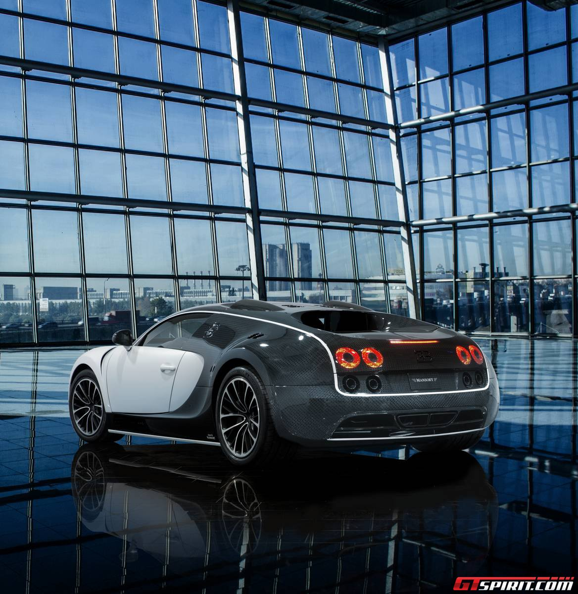 official mansory veyron vivere gtspirit. Black Bedroom Furniture Sets. Home Design Ideas