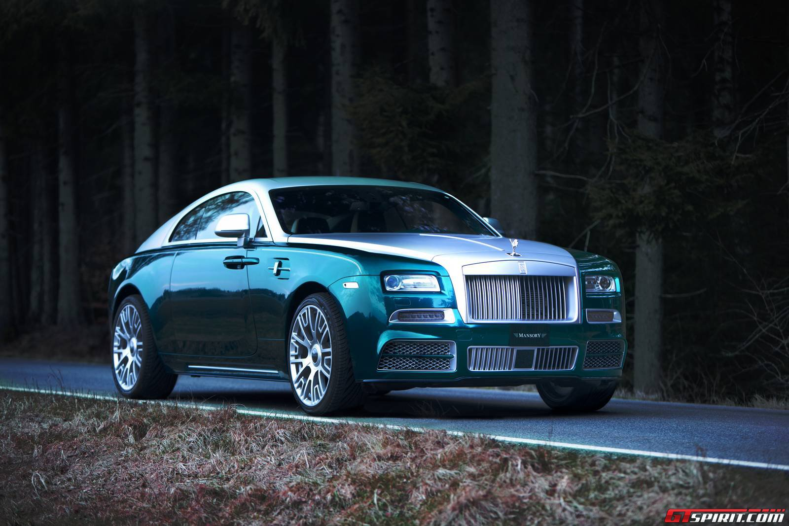 official mansory rolls royce wraith gtspirit. Black Bedroom Furniture Sets. Home Design Ideas