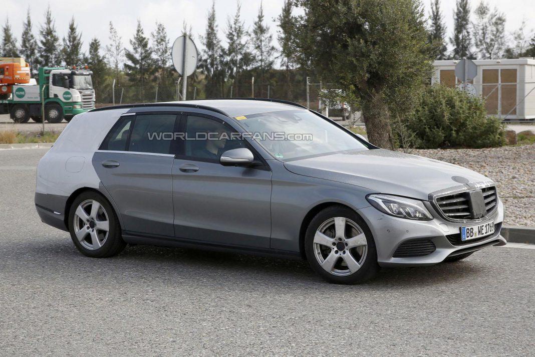 Mercedes-Benz C-Class Estate Drops Some Camo