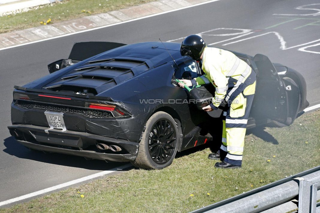 Lamborghini Huracan Prototype Runs out of Fuel on the 'Ring!