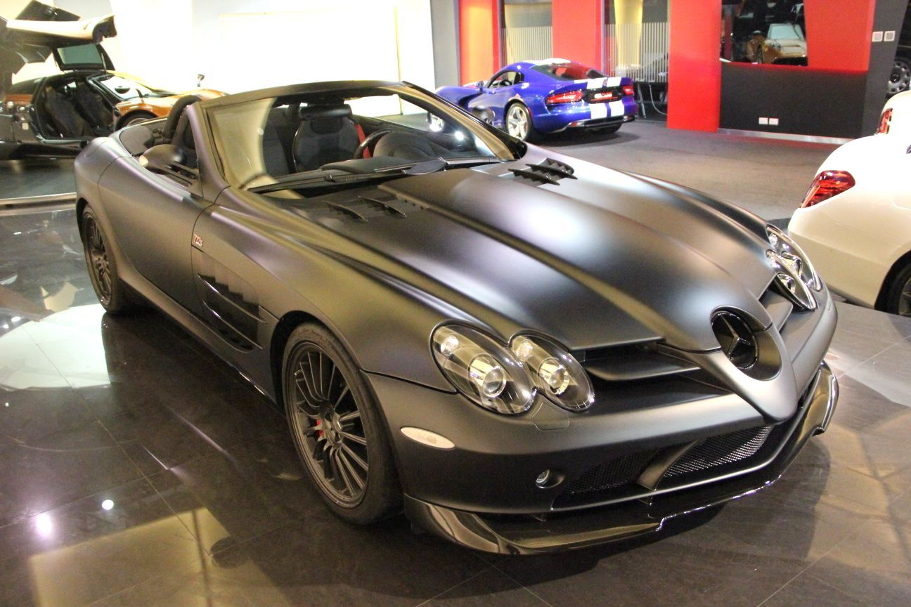 Stunning matte black mercedes benz slr 722 s roadster for for Matte black mercedes benz