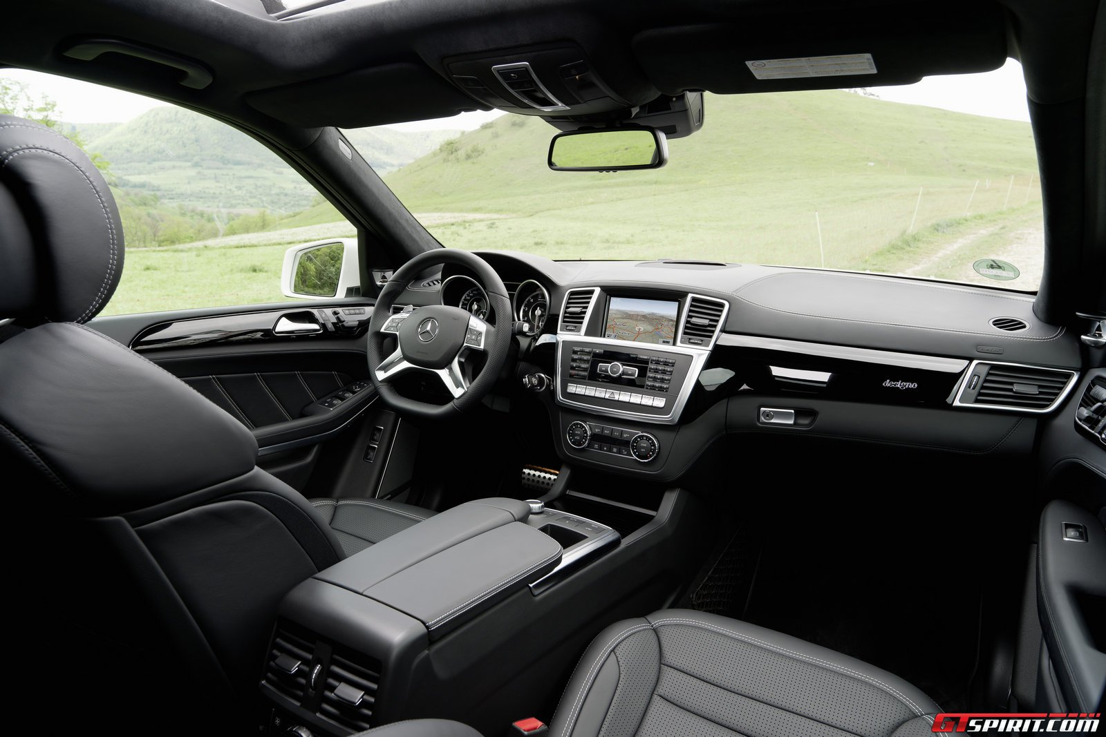 interior throughout - Mercedes Suv Interior 2014