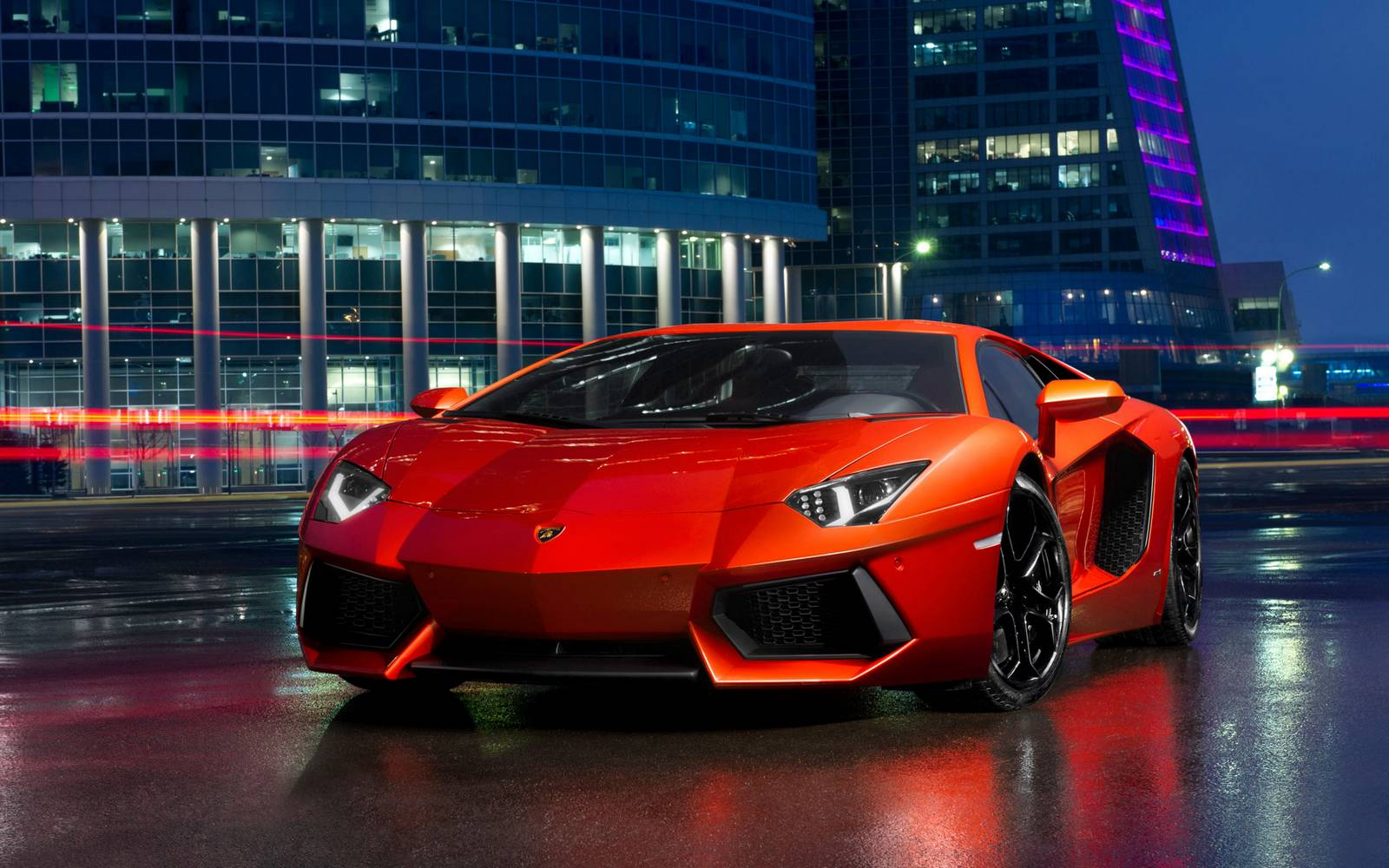 Lamborghini Aventador LP700-4 Nazionale to Debut in Beijing Alongside the Huracan