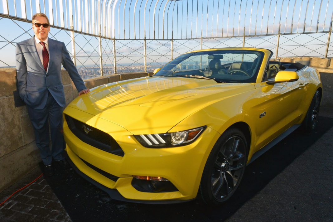 Ford Mustang GT Convertible Arrives on Empire State Building