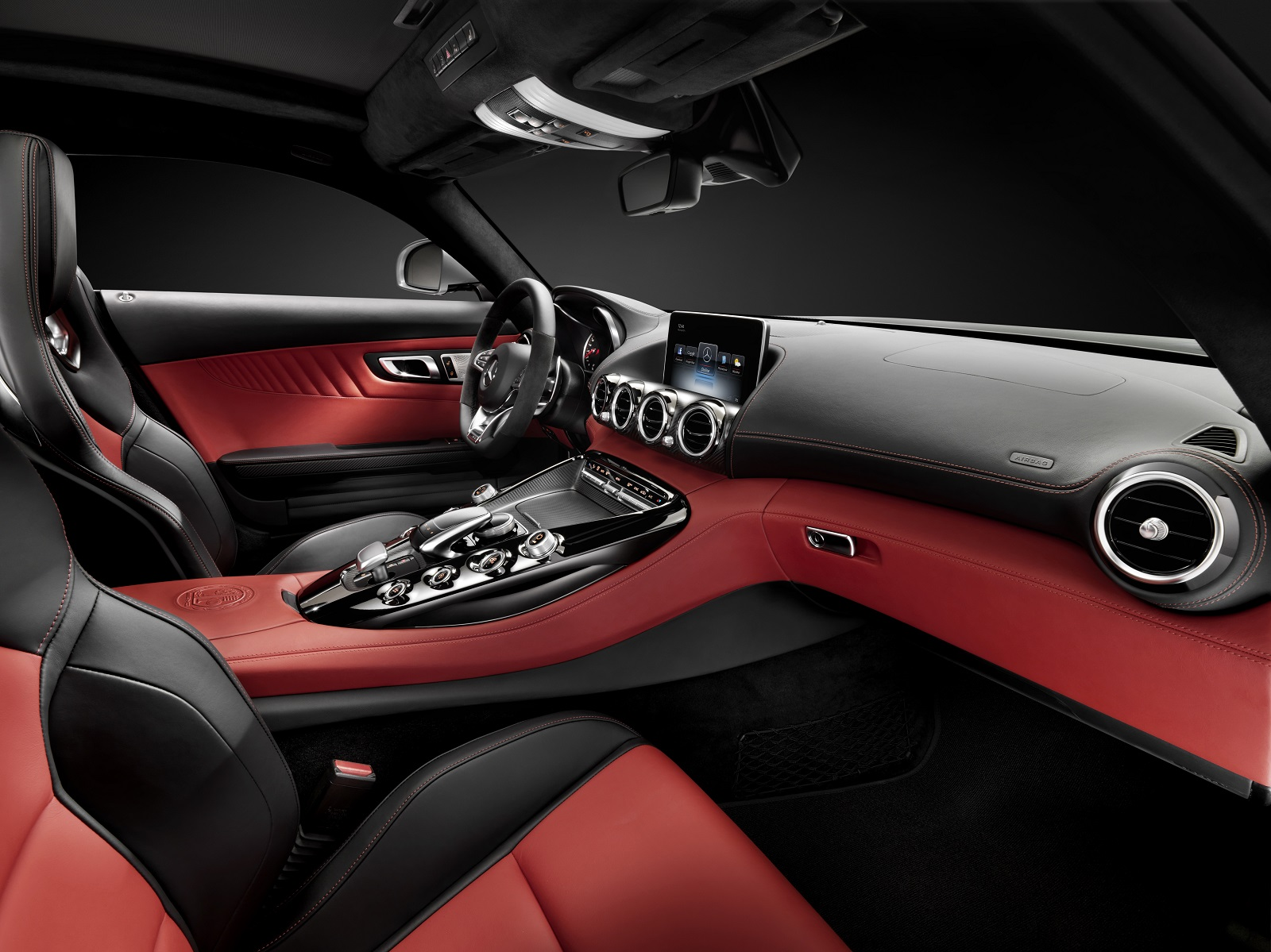 2015 Mercedes-AMG GT Officially Announced