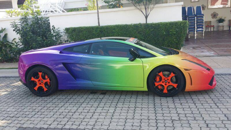 Lamborghini Urus Malaysia >> Lamborghini Gallardo Wrapped in Full Color Gradient - GTspirit