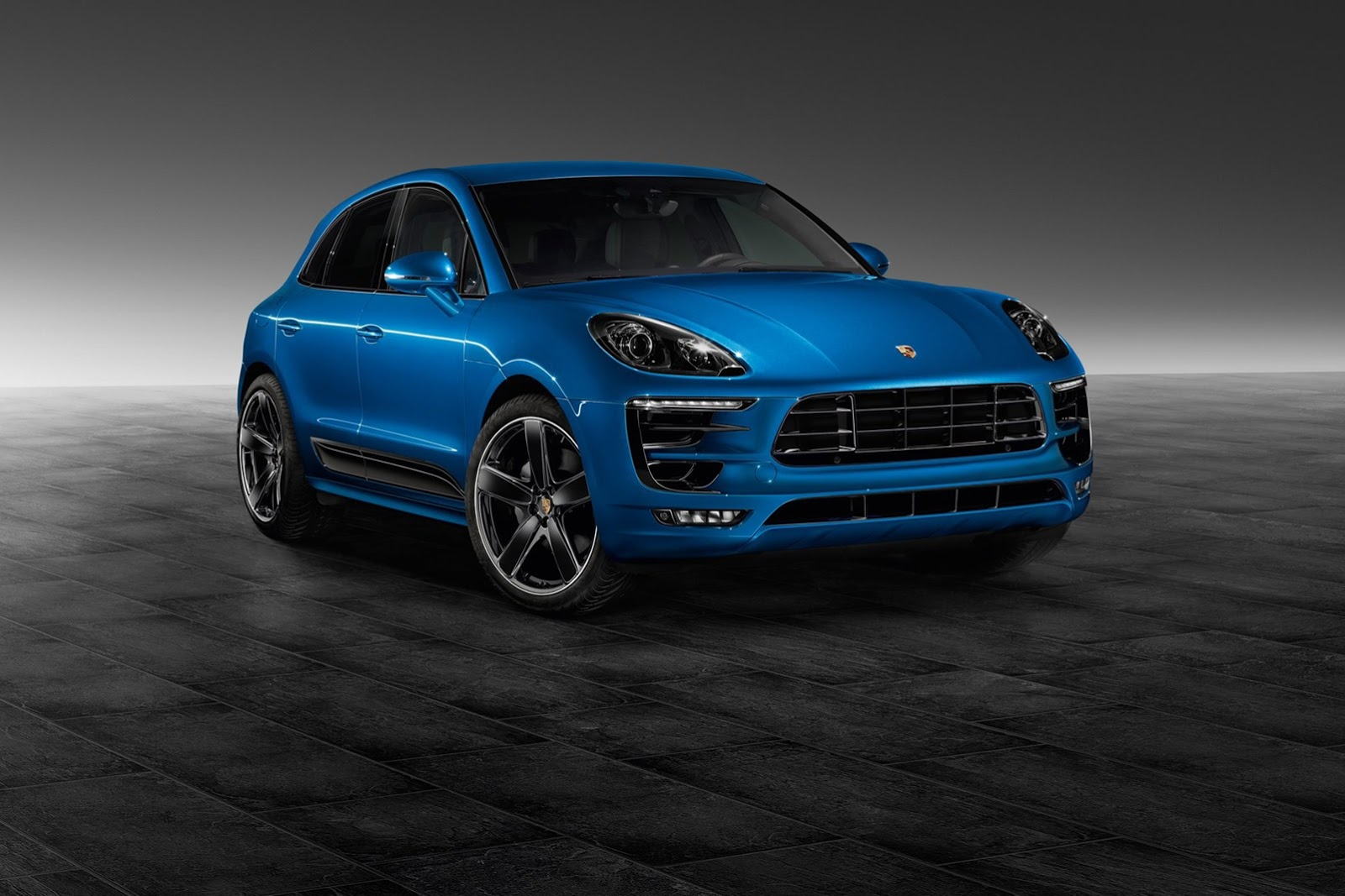 official porsche macan s by porsche exclusive gtspirit. Black Bedroom Furniture Sets. Home Design Ideas