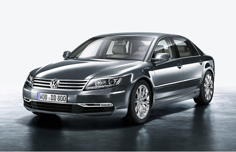Next-gen Volkswagen Phaeton going hybrid
