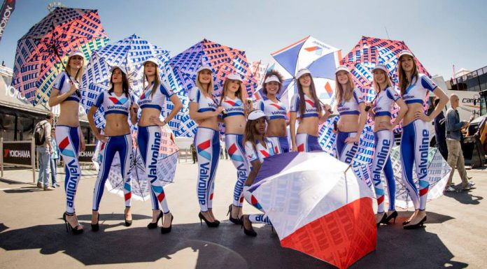 Cars and Girls: WTCC Race of France Grid Girls