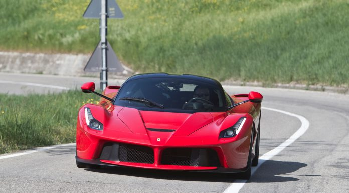 LaFerrari laps the Top Gear Test Track
