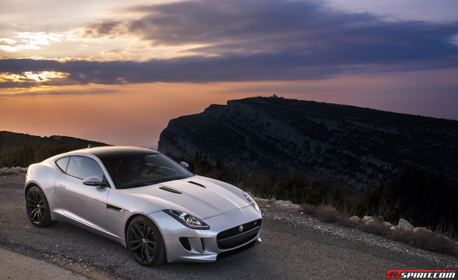 Jaguar Has No Plans For AllWheel Drive Sports Cars GTspirit - All wheel drive jaguar