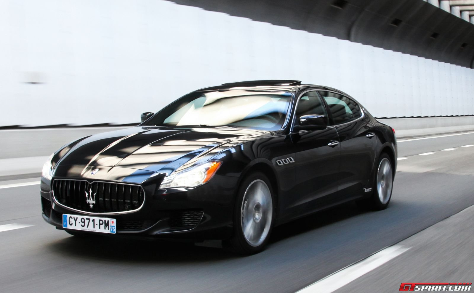 2014 maserati quattroporte gts review gtspirit. Black Bedroom Furniture Sets. Home Design Ideas
