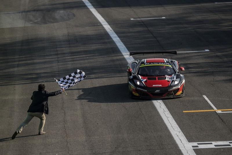 Blancpain Endurance Series: McLaren Dominates First Round in Monza