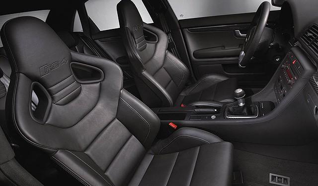 Audi RS4 Seats