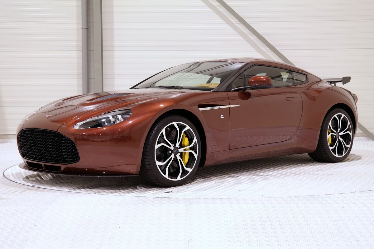 for sale unique bronze 2014 aston martin v12 zagato gtspirit. Black Bedroom Furniture Sets. Home Design Ideas